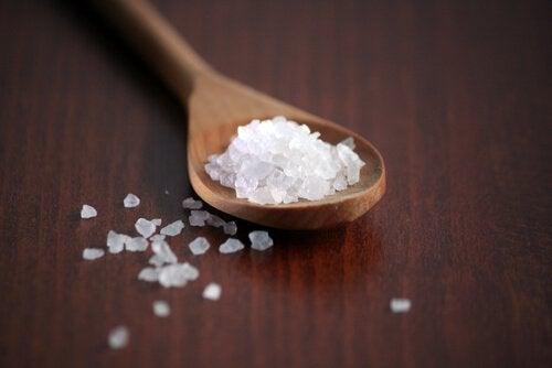 сіль руйнує нирки