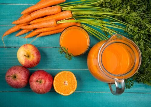 фруктово-овочеве смузі