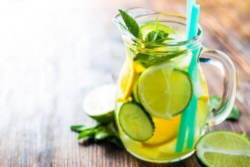 Лимонад з огірком