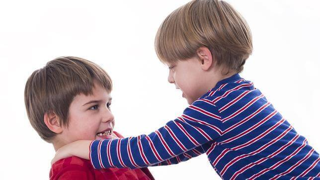 дитяча бійка