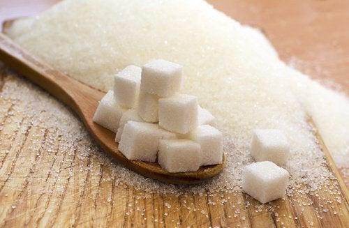 7 змін, які стануться в організмі, коли ви перестанете їсти цукор