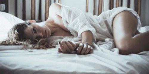 Стосунки у ліжку