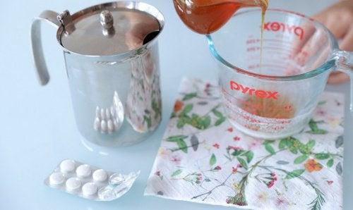 Як приготувати аспіриновий пілінг для обличчя