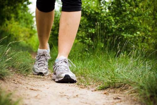 Гуляйте протягом півгодини кожного дня