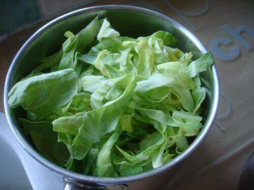 домашній засіб від печії з капустою