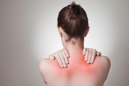 біль у спині