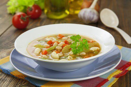 Бобовий суп
