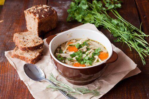суп і хліб