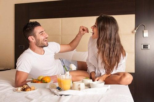 сніданок у ліжку