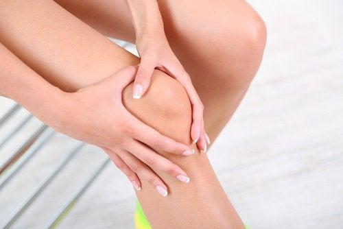 Біль в кістках: поради і лікування