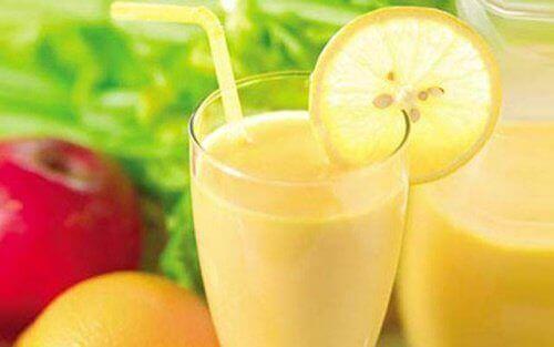 Коктейль з яблуком, лимоном і грейпфрутом для схуднення