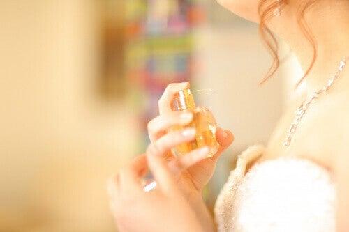 обрати парфуми