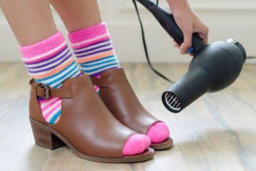 фен щоб не натирало взуття