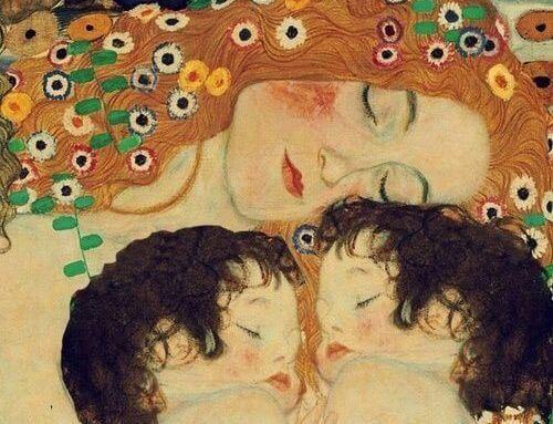 Обійми та поцілунки – найкращі ліки для дітей