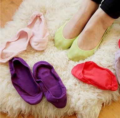 1. Одягніть дві пари шкарпеток d008758be048e