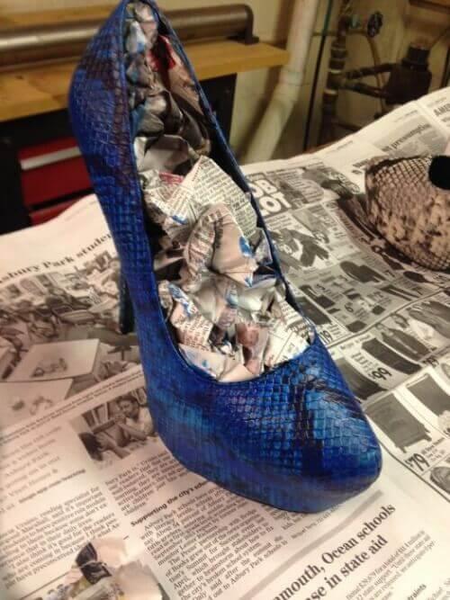 газета щоб не натирало взуття