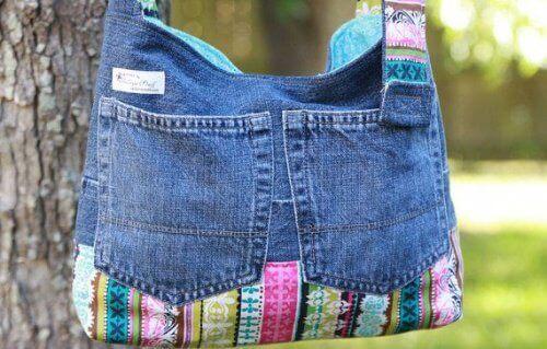 старі джинси можна використати для виготовлення сумки