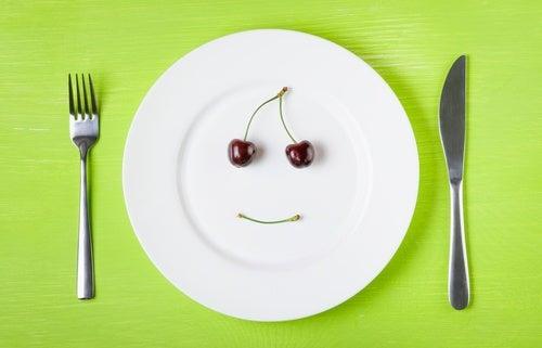 вечеряти фруктами та овочами