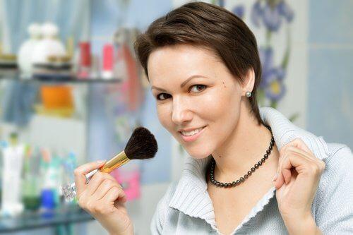 продукти для стійкого макіяжу
