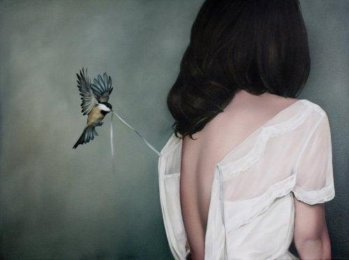 жінка і пташка