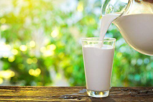 Молоко знімає стрес