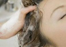 por-que-los-champus-naturales-nos-dejan-el-pelo-mas-seco-500x292