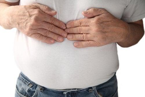 підвищена кислотність шлунка викликає печію