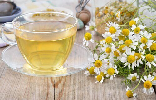 Ромашковий чай проти мігрені