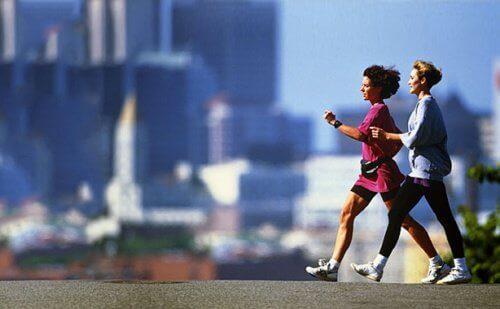 Прогулянки допоможуть позбутися затримки рідини