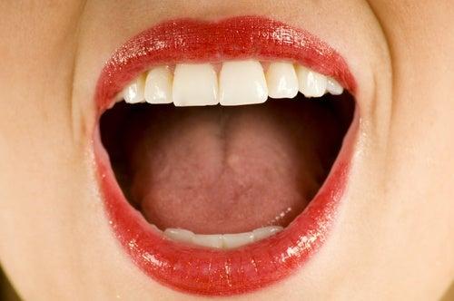 Вправи від складок навколо рота