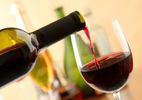 8 переваг червоного вина