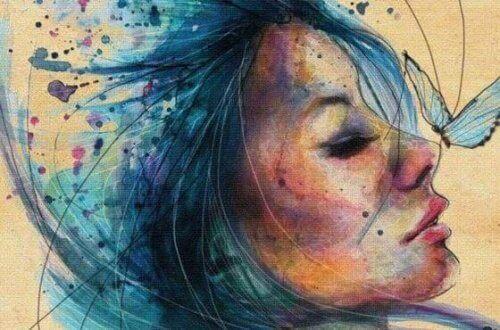 метелик на носі у дівчини