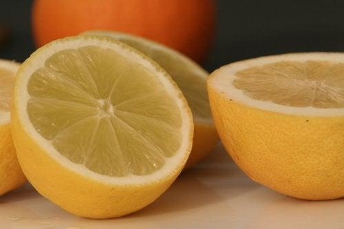 10 дивовижних способів використання лимонів