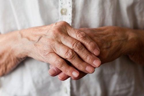 артрит вражає суглоби