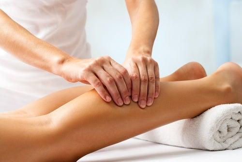 ефірні олії для масажу ніг