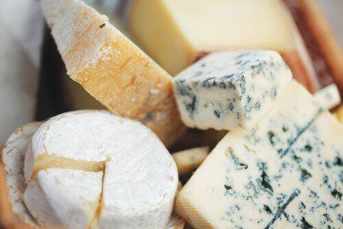 багато сиру