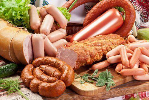 якщо у вас проблеми з суглобами, зменшіть вживання червоного м'яса