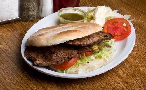 сендвіч з м'ясом