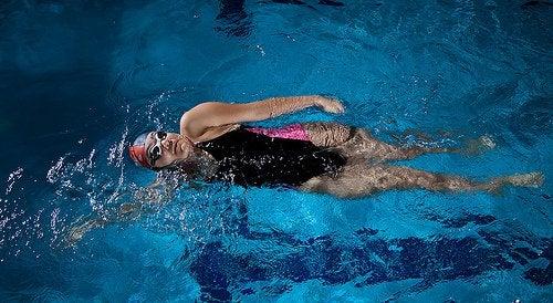 плавання зменшує стрес