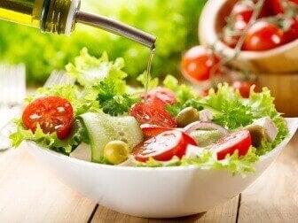 салат з очами і оливковою олією