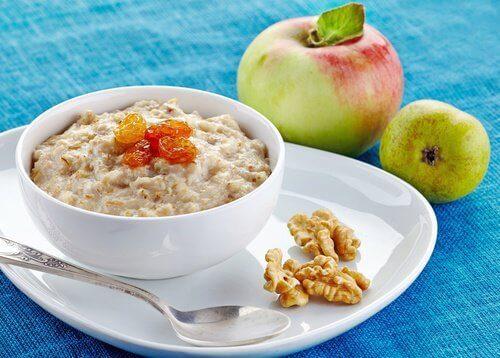 5 ситних продуктів на сніданок, які допоможуть схуднути