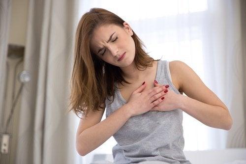 Біль у грудях