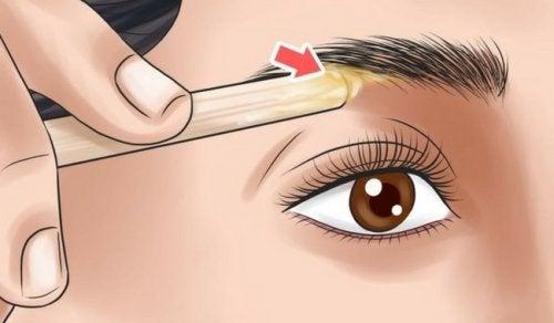 Підберіть форму брів, яка найкраще пасуватиме до вашого обличчя