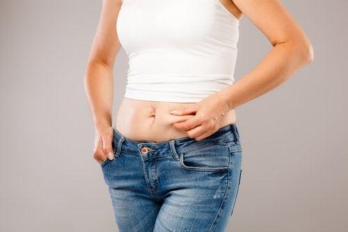Накопичення жиру через гормони