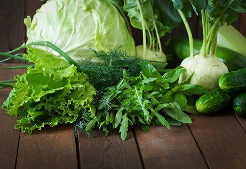 зелені листові овочі