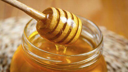 мед для освітлення волосся