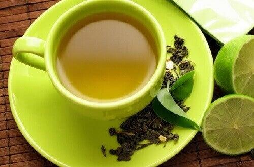 зелений чай та лайм