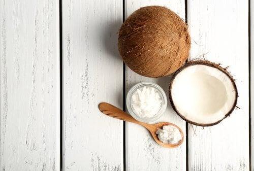кокоси відносяться до лужних продуктів