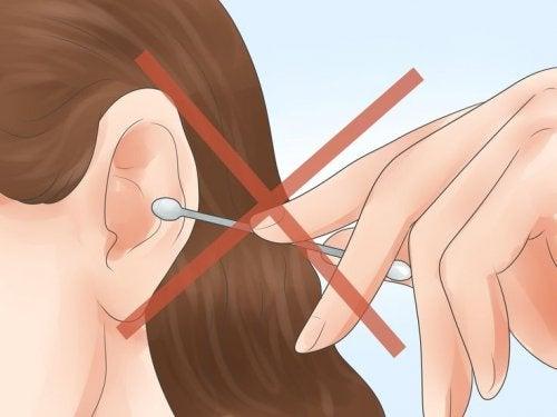 Поради для правильної гігієни вух