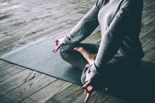 Емоційні переваги йоги